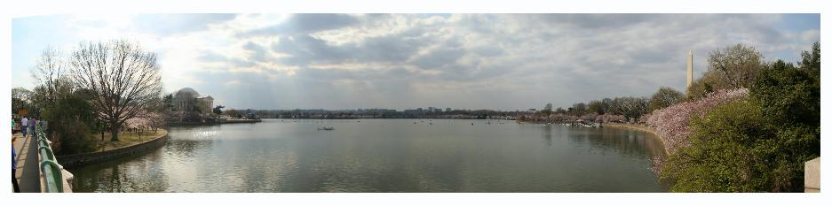 A panoramic of the tidal basin.  Washington monument on the right, Jefferson memorial on the left.